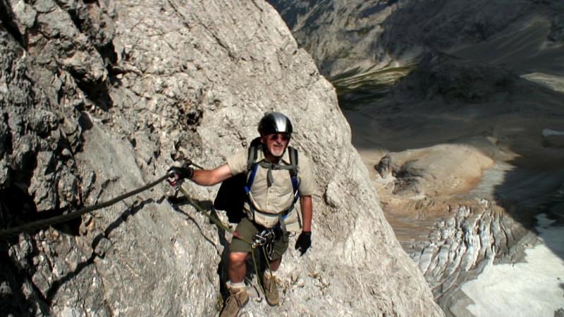 Klettersteig Zugspitze Höllental : Tiefblick auf den höllental gletscher
